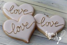 Love  . . #emmassweets #cookies #cookieart #edibleart #cookiesofinstagram #love #sugarart #sugarcookies #royalicing #torontocookies #cookiesintoronto #bradfordcookies #cookiesinbradford #vaughancookies #cookiesinvaughan