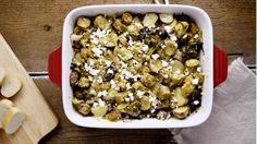 Casserole aux saucisses végétariennes, brocoli et poireau