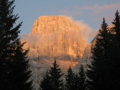 the Pelmo mountain (Italian Alps) at sunset - Manuel Brancaleon