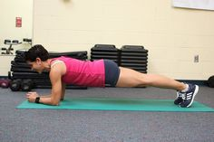 Are you strength training correctly? These form mistakes are often too easy to make. But don't worry—they are also easy to fix.