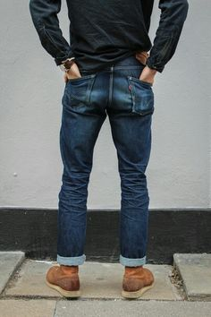 Levi's jeans is a very popular wordwide product, that orinially started as  an american clothing. These jeans have a long history, they were created  way back ...