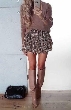 Comfortable fall outfits - 42 FascinatingFall Outfits Ideas To Inspire You – Comfortable fall outfits Winter Dress Outfits, Fall Outfits For Work, Winter Fashion Outfits, Sweater Outfits, Autumn Fashion, Autumn Skirt Outfit, Sweater Dress Outfit, Dress With Sweater, Mini Skirt Outfit Winter