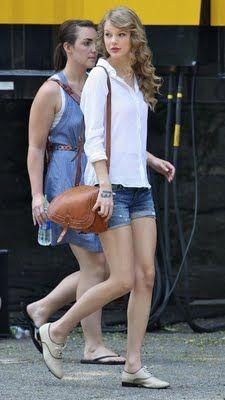 Viva La Fashion I Beauty + Life Style Blog: Taylor Swift's Street Style
