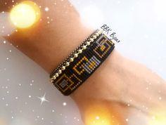 Manchette en perles Miyuki tissées à la main et chaînes billes. Noir, moutarde, doré......