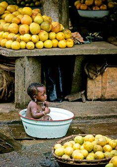 Abidjan Market Scene . Ivory Coast