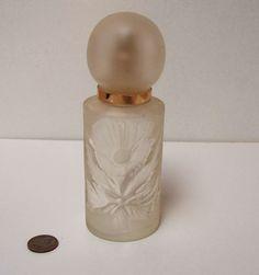 Vintage  Perfume Bottle Atomizer Frosted - Flower Design
