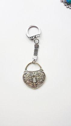 Brelok+do+kluczy+magic+stone+w+barbarella+na+DaWanda.com Designer, Barbarella, Etsy, Personalized Items, Magic, Vintage, Stone, Atelier, Schmuck