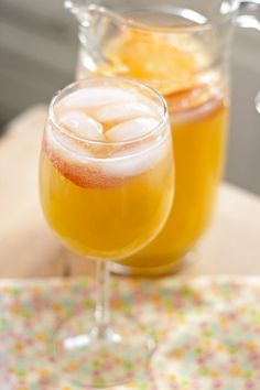 White sangria with Moscato wine
