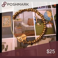 Alex and ani bracelet nile beads Gold tone expandable bangle. Pre owned Alex & Ani Jewelry Bracelets