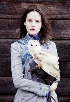 {a very vogue barn owl} fashion shoot for Twin Magazine, 2011