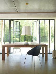 Allen table by Ligne Roset