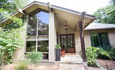 711 Ridgemont - This unique mid-century modern home has 4 bedroom, 4 baths, outdoor kitchen, pool, pool house, and much more for $1,500,000, MLS # 1312011
