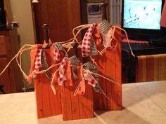 Wooden primitive pumpkins