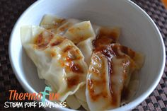 Steamed dumplings in the Varoma are just awesome! Particularly dipped in homemade sweet chilli sauce made in your Thermomix! Steamed Pork Dumplings, Pork Recipes, Cooking Recipes, Bellini Recipe, Great Recipes, Favorite Recipes, Decadent Food, Homemade Sweets, Sweet Chilli Sauce