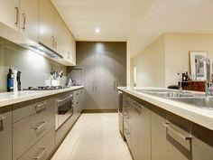 Modern galley kitchen design using granite - Kitchen Photo 1404538