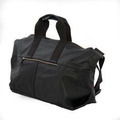 Novas bolsas masculinas da grife Bill Amberg