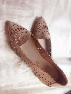Sapato Nobuck Nude Confirmation Dresses, Ballerina Shoes, Flat Shoes, Diy Clothes, Dress Outfits, Footwear, Flats, How To Wear, Style