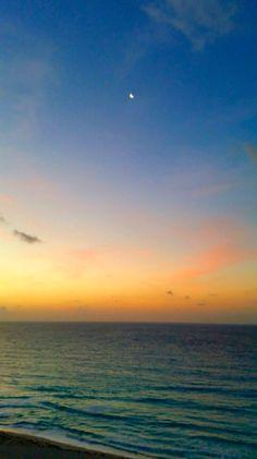 Buenos días desde Playa Mujeres. Foto de Verónica Villegas.
