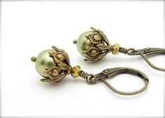 Pearl Earrings Ornate Steampunk Earrings Light by hawaiibeads, $15.25