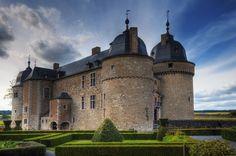 Château de Lavaux-Sainte-Anne,Rochefort, à proximité de la Grange ...