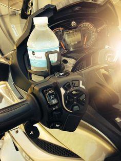 Amazon.com: Can Am Spyder RT ST F3 2010 2011 2012 2013 2014 2015 Handlebar Drink Beverage Holder Spyder2Go: Automotive