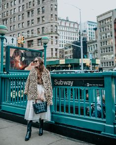 Leopard Coat, New York Fashion Week Street Style, Dress Out, Vintage Coat, Simple Outfits, Woman Style, Star, Women's Boots, Glass