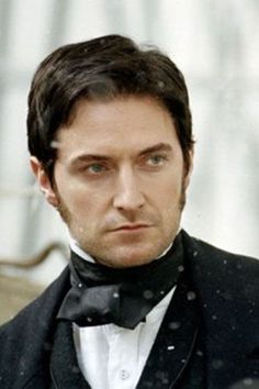 A site about the work of British actor Richard Armitage, star of BBC Robin Hood, North and South and The Vicar of Dibley. Richard Armitage's thoughts on playing the role of John Thornton in North and South. Elizabeth Gaskell, Richard Armitage, British Men, British Actors, British Celebrities, Asian Celebrities, Celebs, Byronic Hero, Hobbit