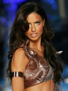 Adriana Lima in the Victorias Secret fashion show. Love the soft curls