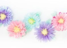 Easy craft project with fallen branches DIY: paper pumpkin Tissue Paper Flowers No link just a picture but I'm making these too. Diy Fleur Papier, Diy Papier, Handmade Flowers, Diy Flowers, Fabric Flowers, Flower Diy, Real Flowers, Pretty Flowers, Tissue Paper Crafts