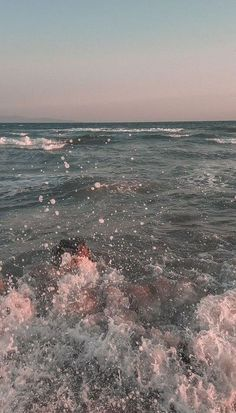 35 Best Ocean iPhone XS Wallpapers – Best Water Beach Sea Backgrounds - HomeLoveIn - Best of Wallpapers for Andriod and ios Look Wallpaper, Aesthetic Pastel Wallpaper, Aesthetic Backgrounds, Aesthetic Wallpapers, Beach Wallpaper, Iphone Wallpaper Ocean, Iphone Background Wallpaper, Galaxy Wallpaper, Cute Backgrounds