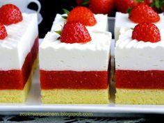 z cukrem pudrem: ciasto truskawkowe Irmy with powdered sugar: Irma strawberry cake Jello Recipes, Baking Recipes, Dessert Recipes, Sweets Cake, Cupcake Cakes, Czech Recipes, Cake Bars, Healthy Cake, Homemade Cakes