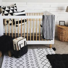 122 Best Black White Nursery Images Baby Prints Child Room