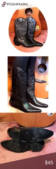 Black Leather Cowboy Boots Size 8 and made in Brazil. True to size. Real Leather Upper & Manmade Sole. Matisse Shoes