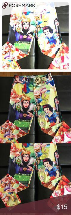 ADORABLE & FUN Snow White leggings!! 😍 ADORABLE & FUN Snow White leggings!! 😍 Never worn!!! Pants Leggings
