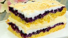 The most delicious fruit and meringue cake - It is way, way too good! Romanian Desserts, Romanian Food, Other Recipes, My Recipes, Pie Dessert, Dessert Recipes, Focaccia Bread Recipe, Cheesecake, Meringue Cake