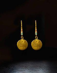 Orit Elhanati   The String   Medium Gold Earring