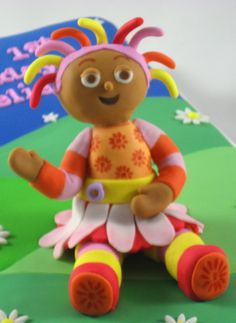 Upsy Daisy sugar cake topper from The Night Garden TV Series made by Carry's cake toppers