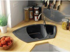 Kuchyně Kitchen Layout Interior, Kitchen Decor, Kitchen Ideas, Kitchen Lighting Fixtures, Design Moderne, Monaco, Sink, Inspiration, Home Decor