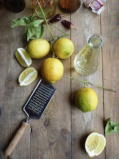 Last weekend, I have managed to buy a couple of fresh Sicilian lemons. Did you actually know, that there are torns on the branches of the le. Lemon Oil, Sicilian, Real Food Recipes, Almond, Fresh, Branches, Corner, Crafts, Manualidades