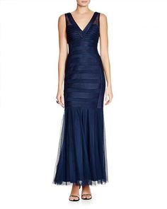 174.00$  Watch here - http://viuto.justgood.pw/vig/item.php?t=pwu1w1i5039 - JS Collections Sleeveless V-Neck Satin Striped Gown