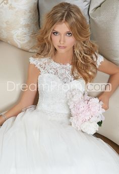 Lace Cap Sleeve Tull Wedding Dress
