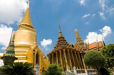#Wat Phra Kaew is also known as the #Temple of the Emerald #Buddha, Wat Phra Kaew, is said to be one of the most significant Buddhist temples in #Thailand.