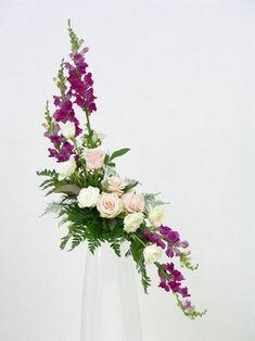 Choosing The Flower Arrangements For Church Wedding Altar Flowers, Home Flowers, Church Flowers, Funeral Flowers, Wedding Flowers, Easter Flower Arrangements, Funeral Flower Arrangements, Flower Centerpieces, Flower Decorations