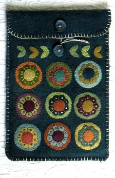 Blossoms Kindle cover wool applique pattern by Black Mountain Needleworks
