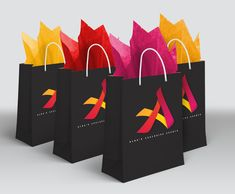 How To Buy Designer Bags With Confidence – Best Fashion Advice of All Time Corporate Gifts, Corporate Events, Conference Themes, Conference Board, Swag Ideas, Work Gifts, Work Party, Valentine Decorations, Event Planners