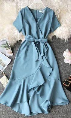 Vintage Dress Elegant Vintage Dress Elegant,F A S H I O N Related Trending Work & Office Outfit Ideas For Women 2019 - The Finest Feed - Work outfits Trending Summer Outfits. Elegant Dresses For Women, Dressy Dresses, Cute Dresses, Beautiful Dresses, Vintage Dresses, Short Dresses, Sexy Dresses, Summer Dresses, Sparkly Dresses