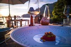 Gourmet-Restaurant Sens im Hotel Vitznauerhof am Vierwaldstättersee  #gourmet #restaurants #Vitznauerhof #Vierwaldstättersee Food Porn, Food Photography, Restaurants, Eat, Gourmet, Restaurant, Treats