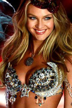100 Fotos HD – Victoria's Secret Angels – Modelos Desfile Colección 2013