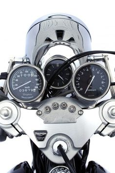 Triumph - repined by http://www.motorcyclehouse.com/