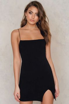 Every fashionable woman should have a little black dress in her closet. Spaghetti Strap Dress by Vanessa Moe for NA-KD comes in black and features a figure hugging fit, thin spaghetti straps, a lower back and a subtle slit at front. Wear this baby with a wide choker and a pair of heels for that ultimate look for a night out!
